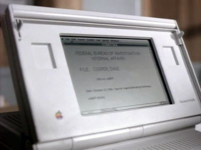 starring the computer apple macintosh portable in twin